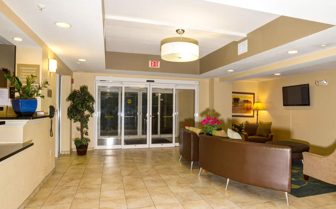 Candlewood Suites Fort Myers